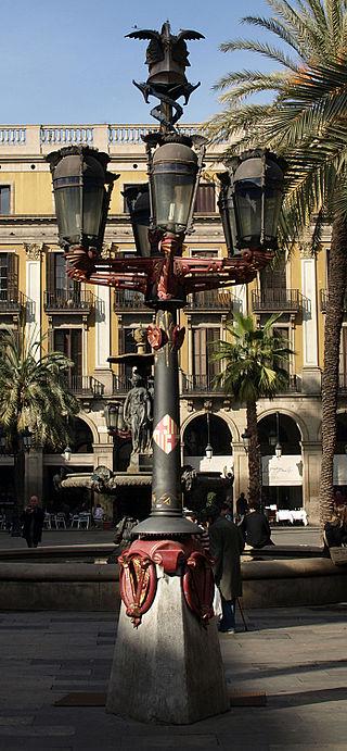 Farolas de la plaza real barcelona zona libre radio 1 - Delineante barcelona ...