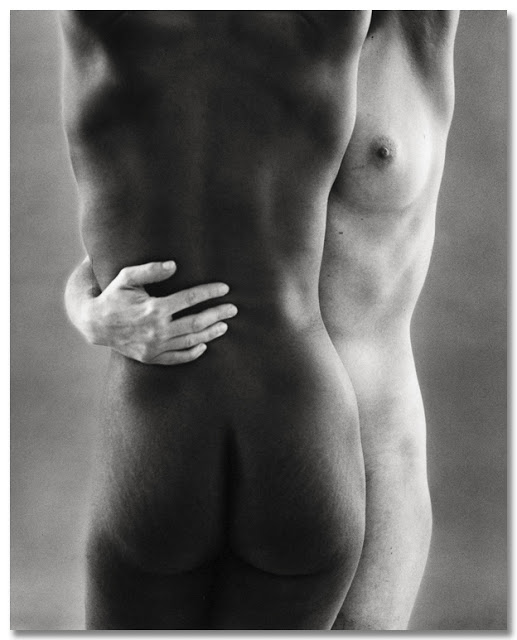 Ruth_Bernhard-1963-two forms