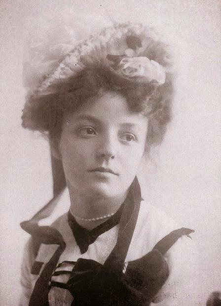 BERTRAND Jeanne (1880-1957)_2 - en 1902